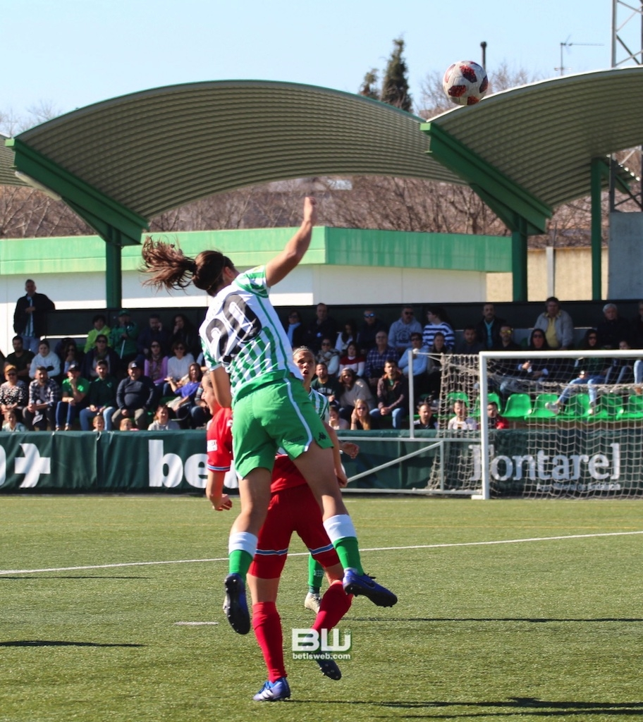 aJ18 Betis Fem - Espanyol 81