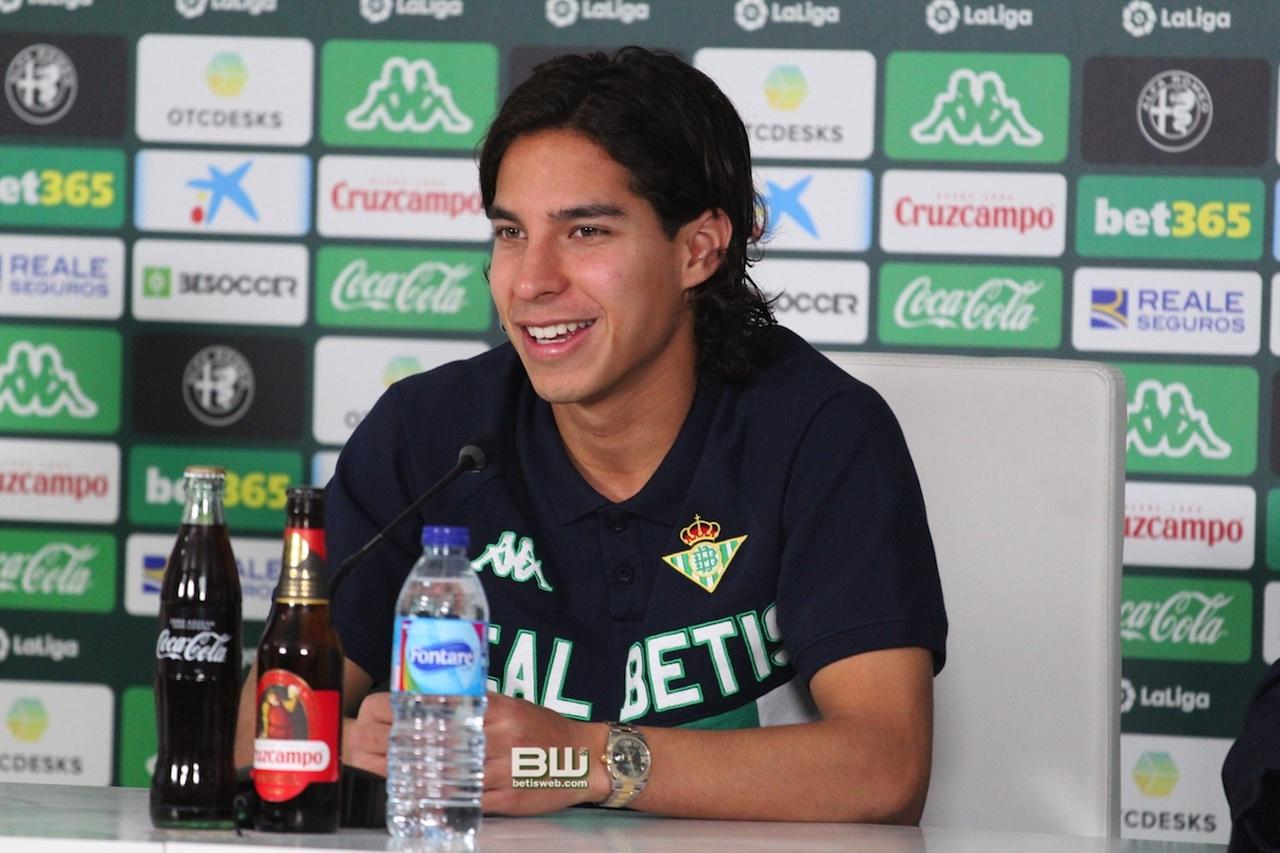 presentacion Diego Lainez 47