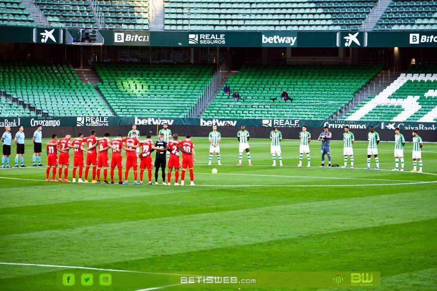 J35-–-Real-Betis-vs-Granada-CF-4