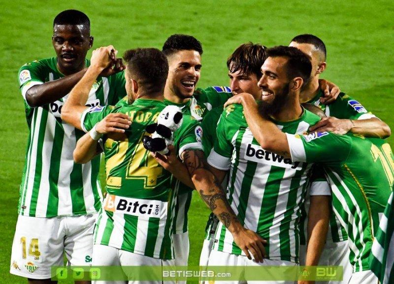 J35-–-Real-Betis-vs-Granada-CF-15