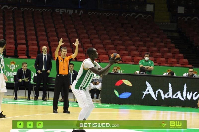 J6-Coosur-Betis-Estudiantes122