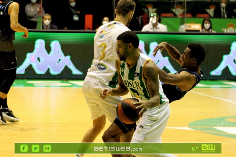 aJ6-Coosur-Betis-Estudiantes54