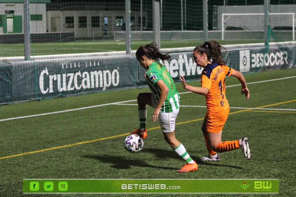J7-–-Real-Betis-Fem-vs-Valencia-Fem-9