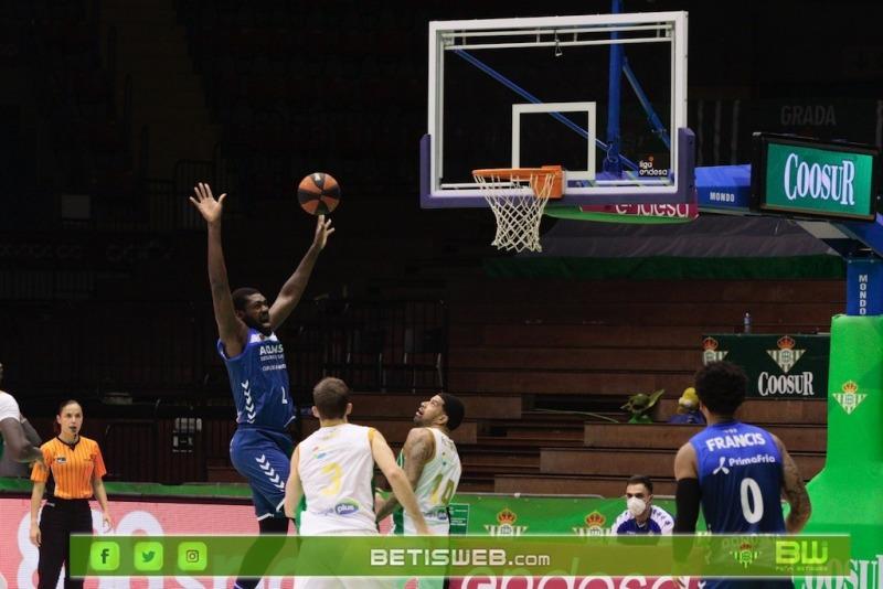 J9-–-Coosur-Real-Betis-Guipuzcoa-Basket1