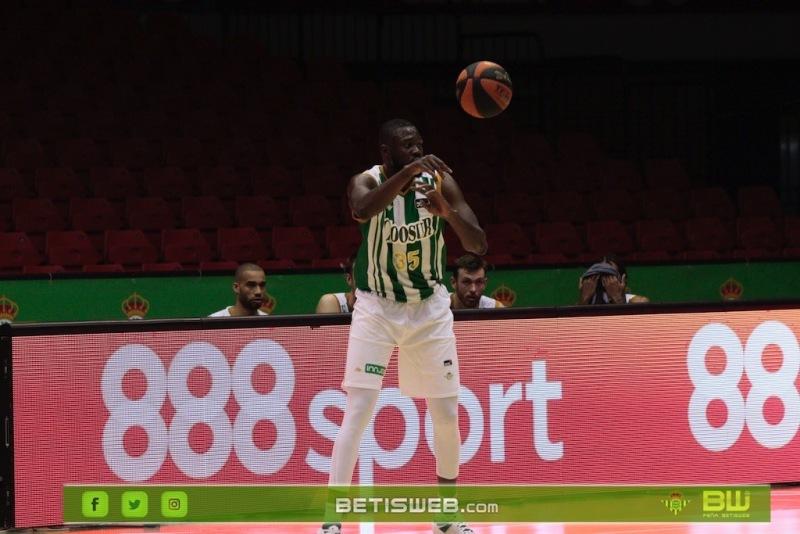 J9-–-Coosur-Real-Betis-Guipuzcoa-Basket26