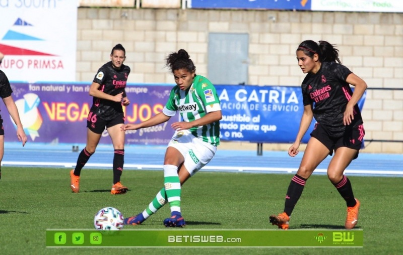 aJ9-Real-Betis-Fem-vs-Real-Madrid-Fem-154