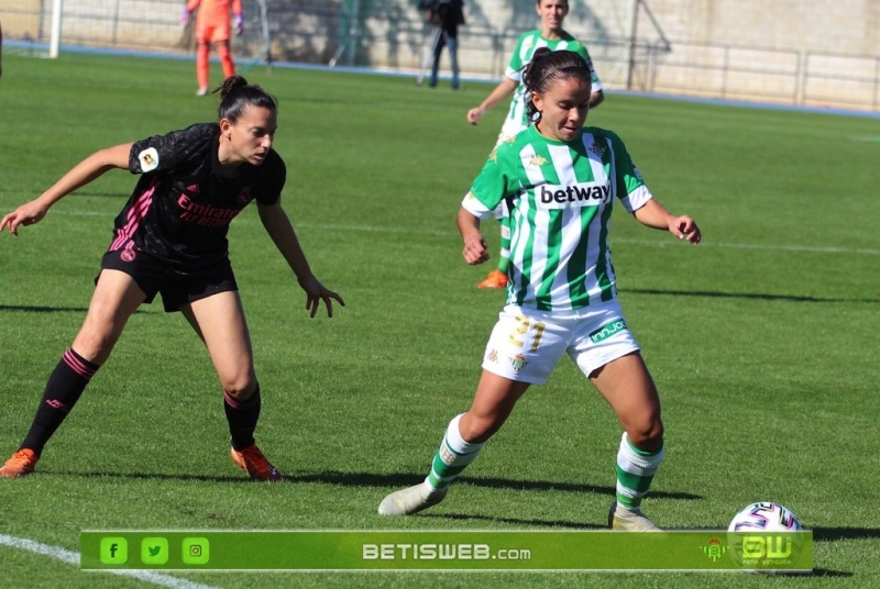 aJ9-Real-Betis-Fem-vs-Real-Madrid-Fem-197