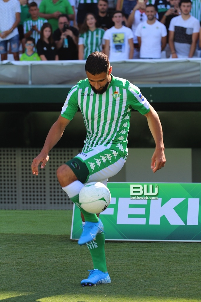 Presentación Nabil Fekir (106)