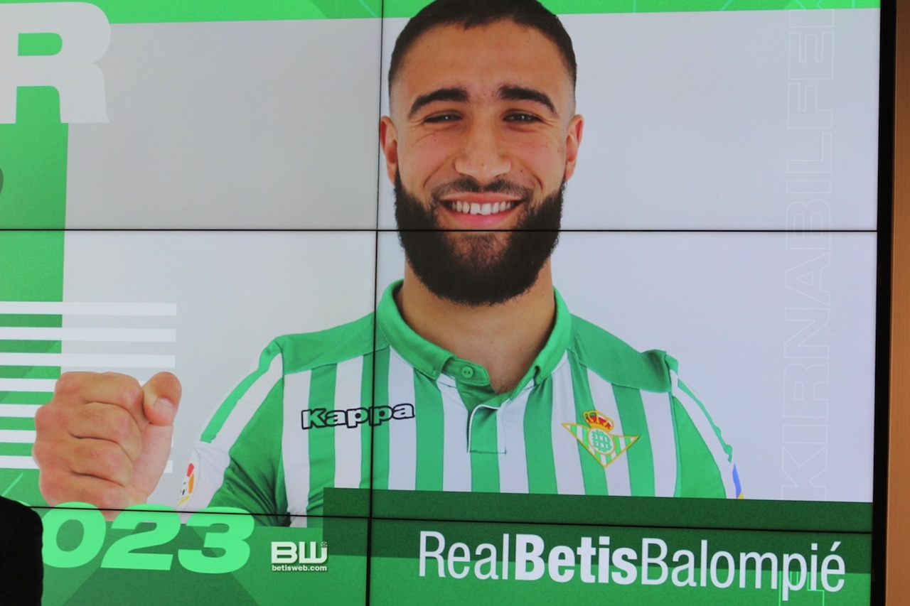 Presentación Nabil Fekir (33)