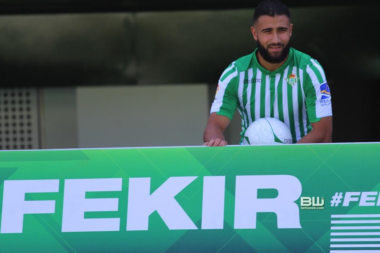aPresentación Nabil Fekir (97)