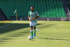 Presentación Nabil Fekir (155)