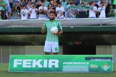 aPresentación Nabil Fekir (86)