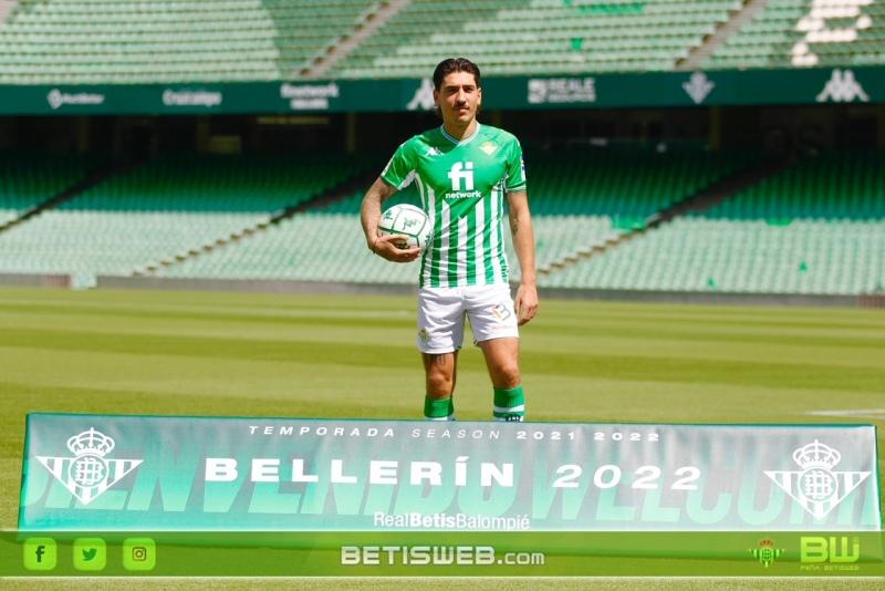presentacion-oficial-de-Bellerin-14